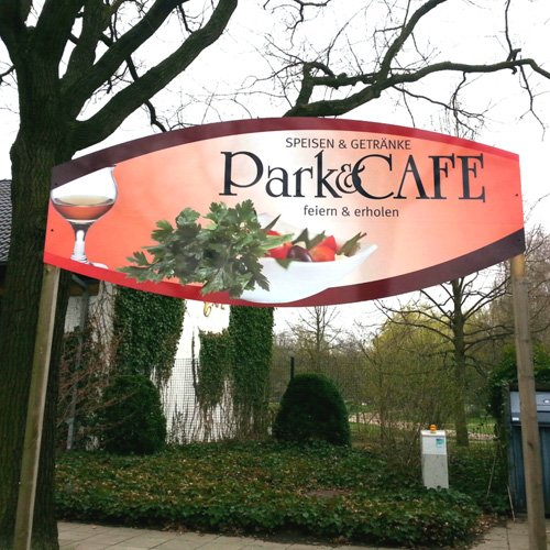 Beschilderung Park und Cafe