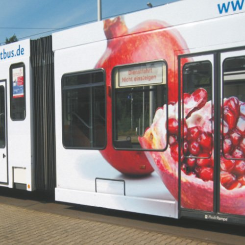 Fahrzeugbeklebung Straßenbahn